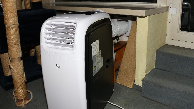 Viel Abluft raus heißt viel warme Zuluft rein – Resultat: ineffektive Klimaanlage!