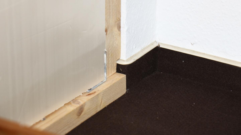 Trennwand auf Maß, Klimaanlage in Kammer und Kühlleistung verbessert.